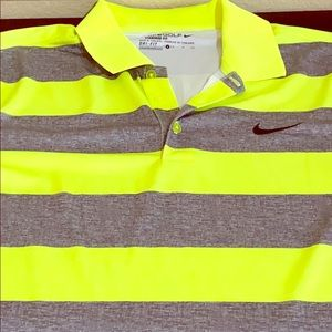 A Standard Fit-Nike Golf Polo Shirt,Size Small,New